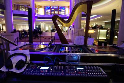 Fashion Week: Harfe und Beats im Hilton-photo by Ringo KidF