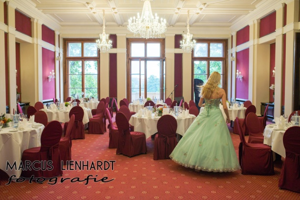 kurz vor meinem Auftritt im Cafe des Schlosses Schwerin- photo by Marcus Lienhardt