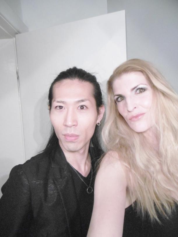 Selfie (natürlich mit Duckface) mit Shota vor unserem DEJA NOVA DUO - Set