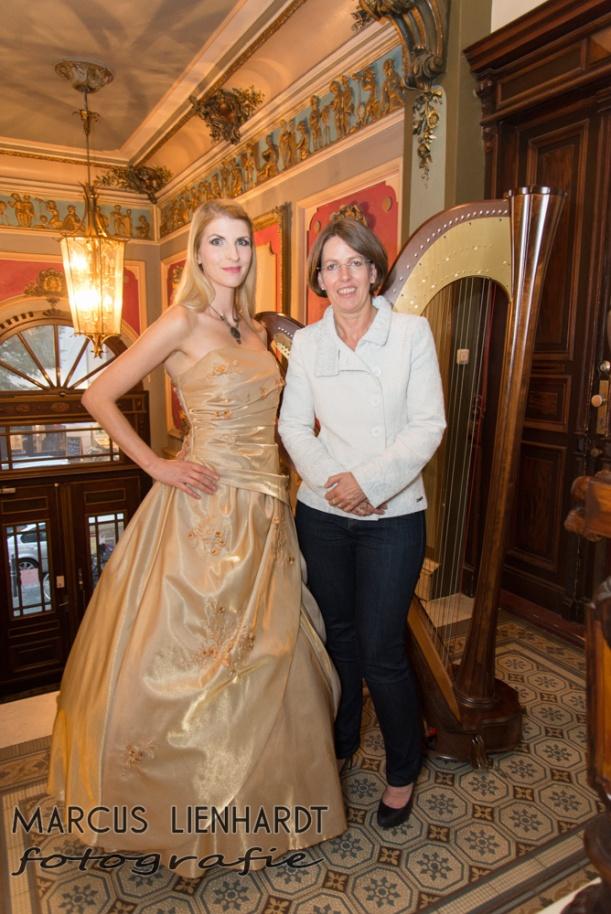 mit der Gastgeberin und Inhaberin des private office, Frau Mützel. photo by Marcus Lienhardt