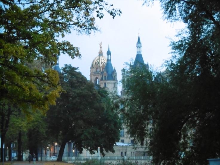 Schloß Schwerin in herbstlicher Stimmung