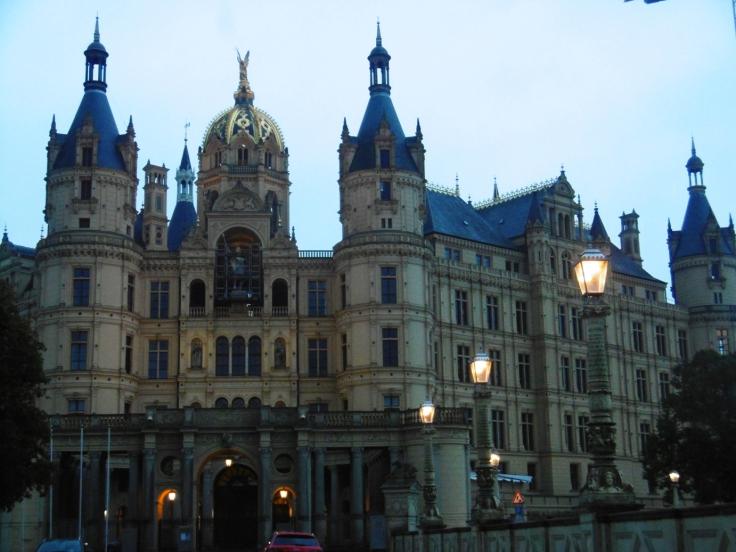 Schloß Schwerin in all seiner Pracht
