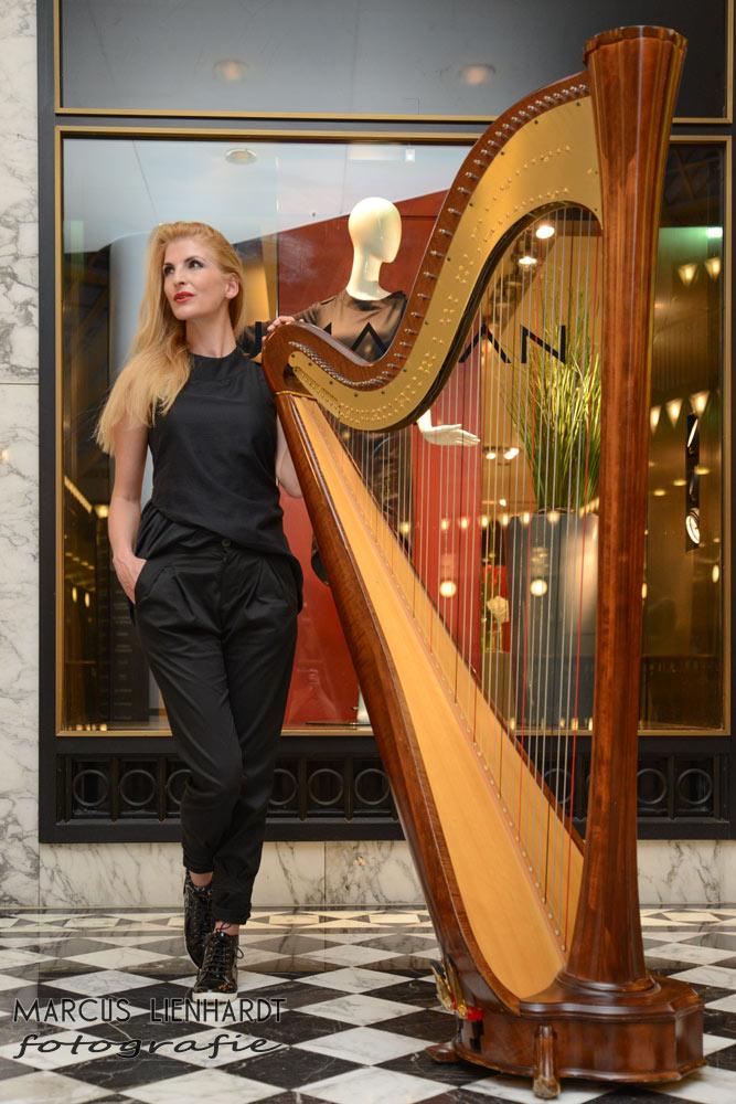 #event #eventmusic #eventmusik #harfe #harp #harfenistin #harpist #harfistin #harfinistin #harfeberlin #musikerin #musikerinharfe #musikerinberlin #berlin #berlinmusic #vipevent #liveshow #livemusic #livemusik #konzert #gala #galamusic #galamusik #entertainment #highlightmusik #dinnermusic #dinnermusik #vipmusik #vipmusic #crossover #luxus #luxury #luxurymusic #luxusevent #romantischemusik #hochzeitmusik #trauerfeiernmusik #weihnachtsfeier #weihnachtsfeiermusik #dinnerbegleitung #highprofileevent #harpangel #harfenengel #simonetta #classicalmusic #popmusic #showact #firstclassmusic #weihnachtenmusik #harpband #harppop #exclusivemusic #exklusivemusik #dinnermusik #neujahrsempfangmusik #harve #harplive #harfelive #liveact #klassik #corporateevent #interactive #interaktiv #videomapping #Harfeband #augmentedreality #videomappingmusik #dj #harpdj #harfedj #weihnachtenharfe #sylvestermusik #harpelectro #dn3 #dejanova #dejanovaduo #dejanovatrio #trio #trioberlin #eventservice #künstlervermittlung #firmenjubiläum #harfenspielerin #Harfenspielerinberlin #klassikpop