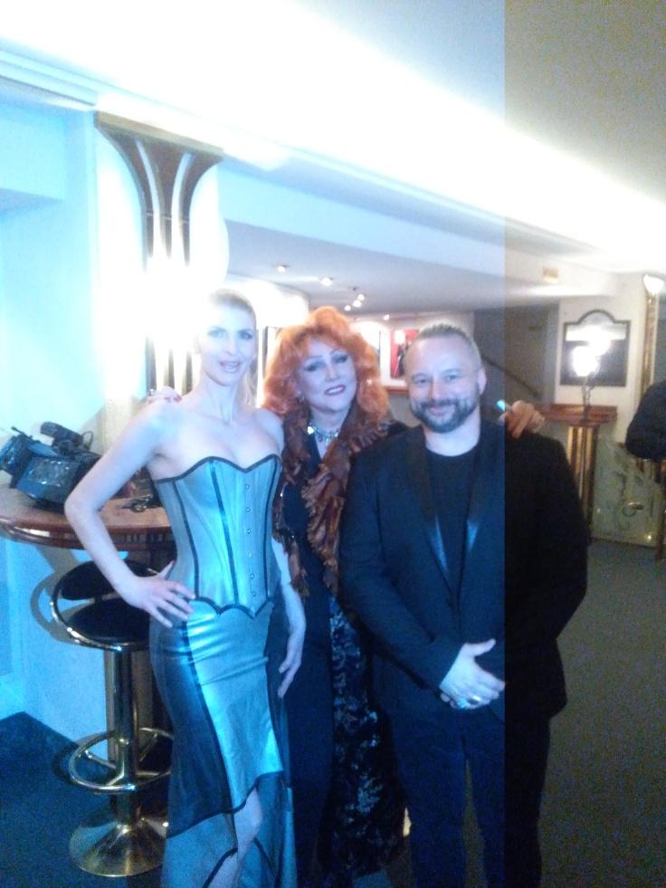 Nach der Show und Autogramnnstunde mit Romy Haag und Roman Shamov