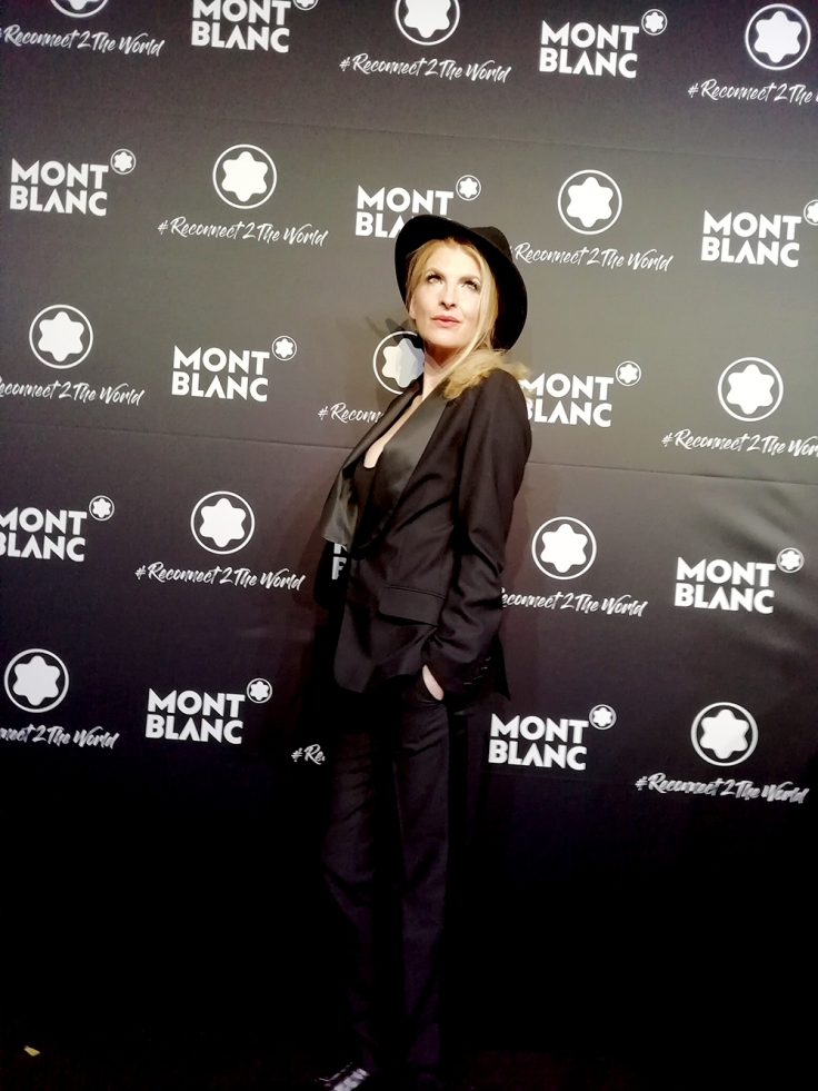 Simonetta Hauptstadtharfe beim Montblanc event , harpist berlin at Montblanc